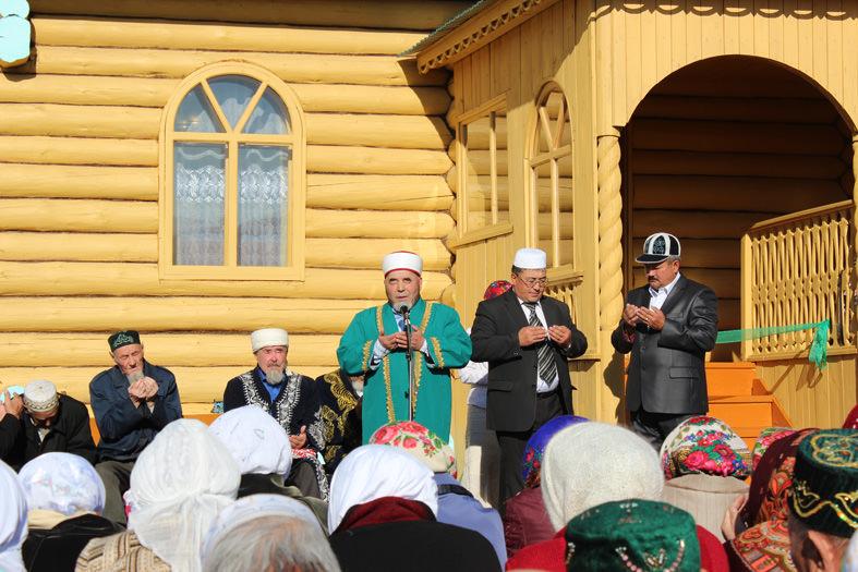 торжественные моменты при открытии мечети