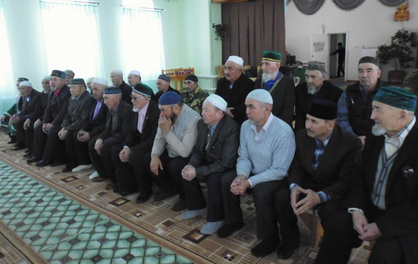 имам хатыйбы Абзелиловского района в Аскаровской мечети